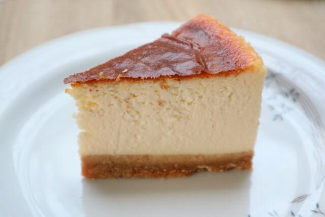 バレンタインにチーズケーキをあげる意味は?