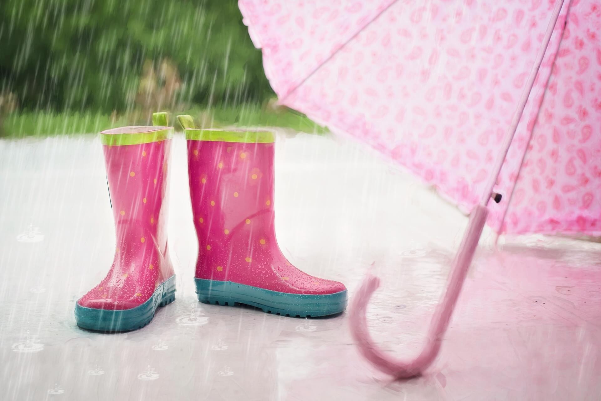 梅雨の湿度の平均はどのくらい?!部屋で快適に過ごすには?カビ対策も伝授♪