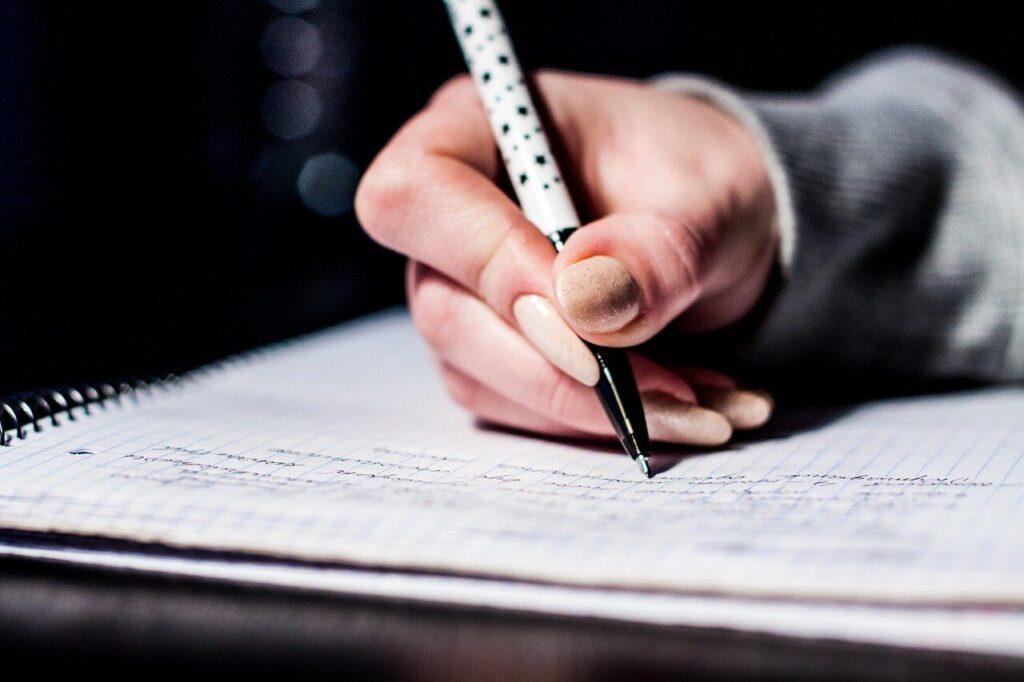 お蔵入りの意味を例文で学ぼう!お蔵入りの例文